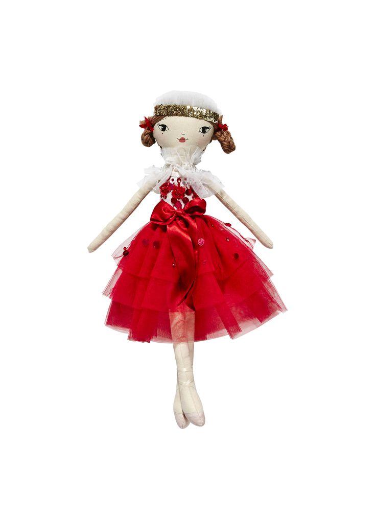 Scarlet doll madeleine