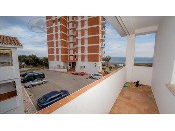 #Vivienda #Malaga Piso en venta en #Manilva - Piso en venta por 140.000€ , en buen estado, 3 habitaciones, 70 m², 1 baño, exterior, amueblado, con terraza, calefacción no
