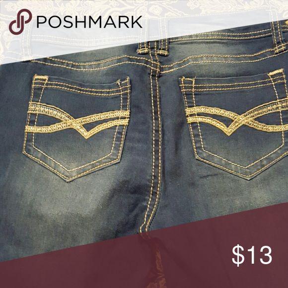Wallflower Jeans Worn once Wallflower Jeans Straight Leg