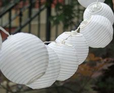 Set of 10 Outdoor Soji Solar String Lights - White