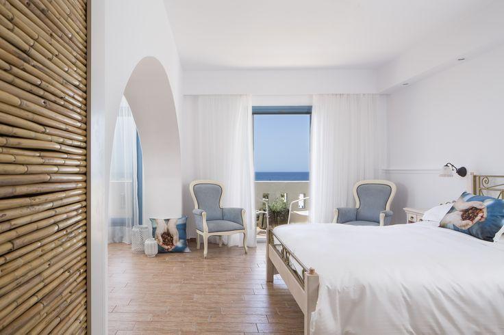 Sea View Suite with Indoor Jacuzzi http://www.lagosmare.gr/sea-view-suite-with-indoor-jacuzzi/