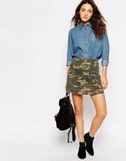 Трапециевидная камуфляжная мини-юбка на пуговицах ASOS