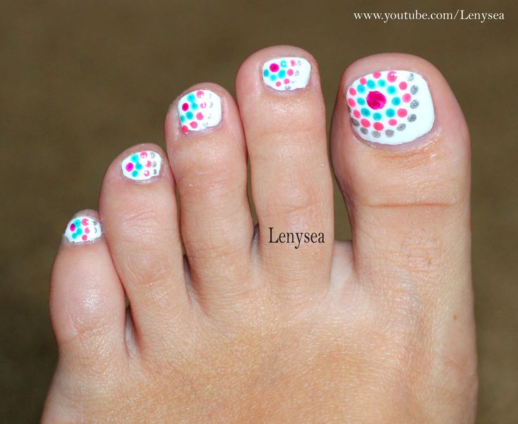 Cute and easy toe nail design for summer! @Christina Childress Childress Childress Childress Childress & Watkins this would be good to try with my new dotting tool!!