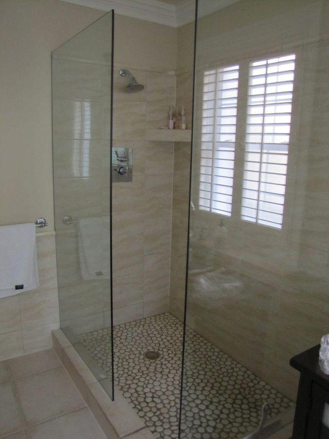 85 best images about walk in showers on pinterest walk - Walk in shower glass doors ...