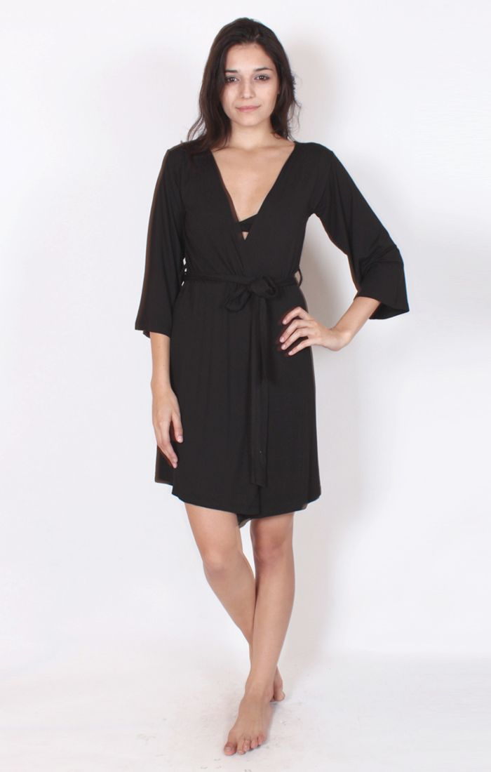(http://www.notinthemalls.com/products/Bamboo-Robe-Dress.html)