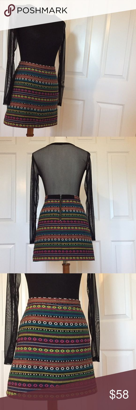 🆕 Topshop Aztec Print Mini Skirt Size 8 This is one of my favorite skirts ever but is too big on me now 😫 Super versatile--Wear it in the summer or winter with tights! Topshop Skirts Mini