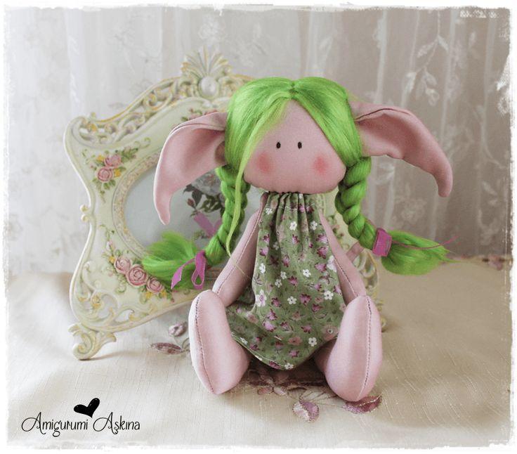 Amigurumi Aşkına: Yeşil Saçlı Küçük Elf - Kumaş Oyuncaklar