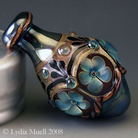 Classical Urn by Lydia Muell, Gallery of Lampwork Focal Beads