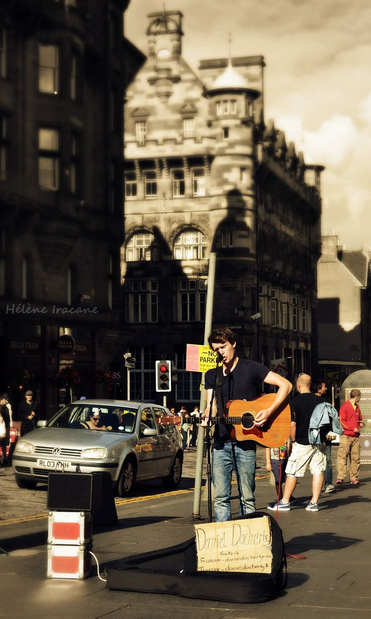 https://flic.kr/p/oo9f4V | Daniel Docherty busking on the Royal Mile, Edinburgh | This picture is copyrighted. Please do not use it anywhere without my explicit written permission and proper credit. All rights reserved - Copyright © Helene Iracane   #scotland #écosse #édimbourg #edinburgh