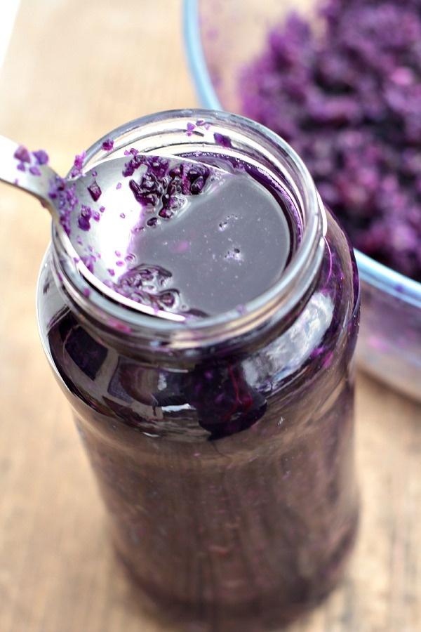 Les Cuisines de Garance: La lacto -fermentation : une passion qui vient de loin {ma choucroute rouge lacto -fermentée}