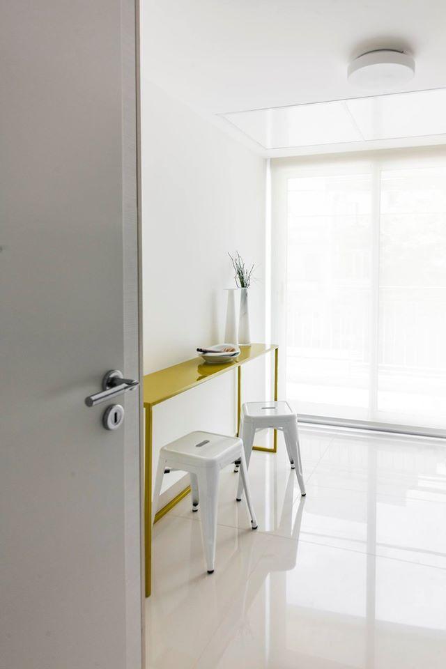 Showroom Edificio Atena - equipamiento a cargo de Solsken.  #diseño #homedecor