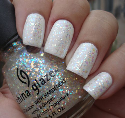 Best White Glitter Nail Polish