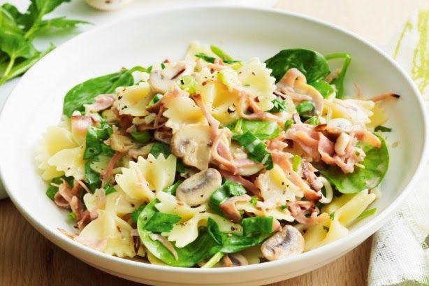 Farfalle met gorgonzola en ham. Dit heerlijk pastarecept kan jij zelf heel makkelijk klaar maken. Lees het recept op onze website >>>Klik Hier<<<