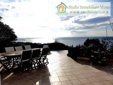 Ischia Forio località Zaro splendida villa in vendita
