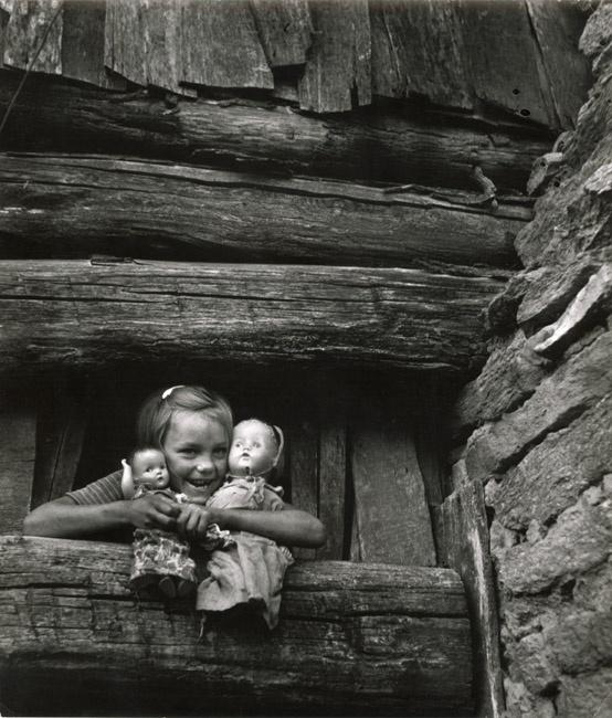 W. Eugene Smith. Child hugging dolls, Blue Ridge Mountains, 1947: Picture, Blue Ridge Mountains, Time, Doll, B W, Children, Vintage Photo, Black, Eugene Smith