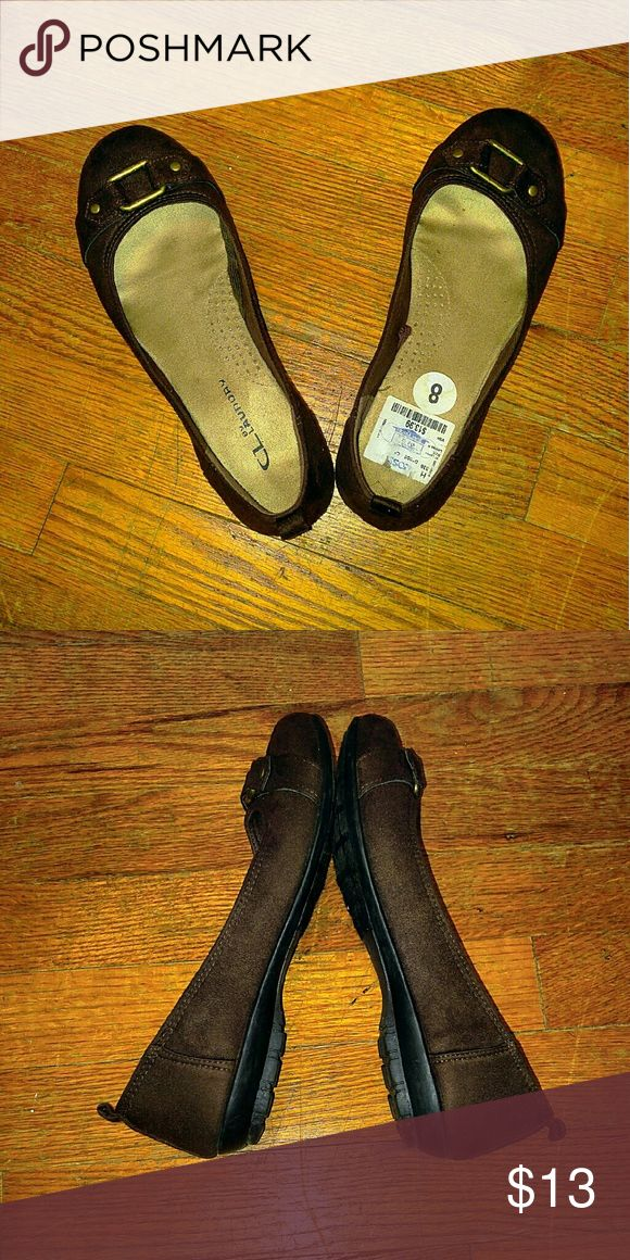 Business casual shoes. Super comfy, thick heels, textured, felt covered non slip soles. CL Laundry Shoes Flats & Loafers