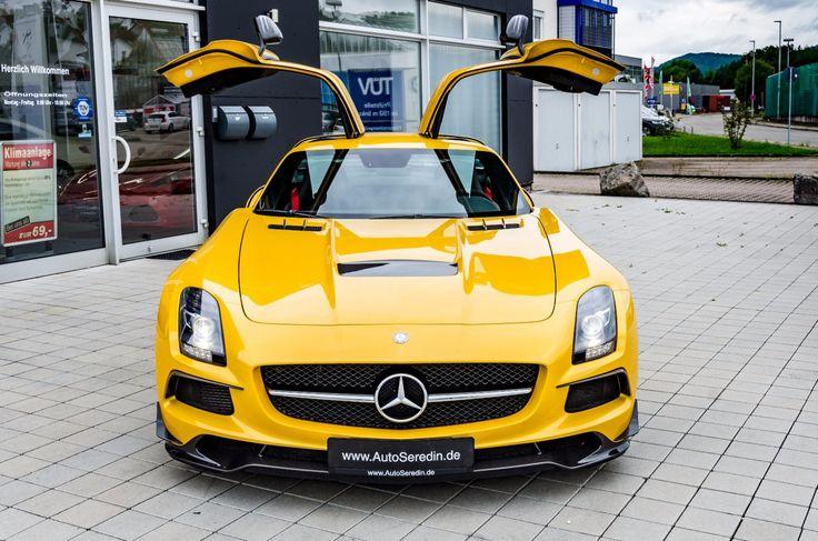 MERCEDES-BENZ SLS AMG BLACKSERIES UNFALLFREI SOLARBEAM    -- Export price: 750.000 €--  Stoсk №: B560    Fuel consumption (in town): 13.2 l/100 km   CO2 emissions: 308 g/km   Energy efficiency class: G   Fuel type: Benzin     #mersedes_benz #autoseredin #Luxurycars #Premiumcars #dubaicars #carforsale #saudicars #autoseredingermany