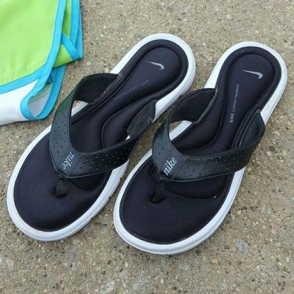 4bfb3756e545c ... black white womens sandals 1791401158 dxtdwly 32526 54a22  cheapest nike  foam flip flops 7a84d d20f8