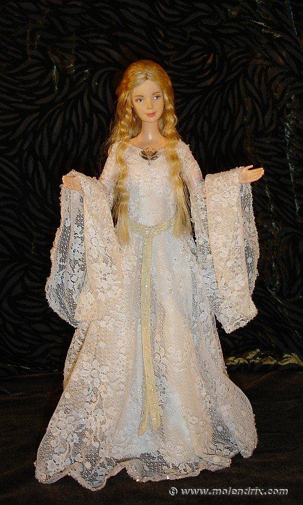 Lady Galadriel Mirror Dress, for Barbie doll; free pattern
