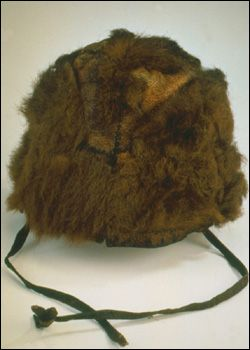 Hat   3,300 BCE  Probably the best example of a complete set of prehistoric clothes is that belonging to the 5,300 year old Ötzi the Iceman found in the Alps in 1991.