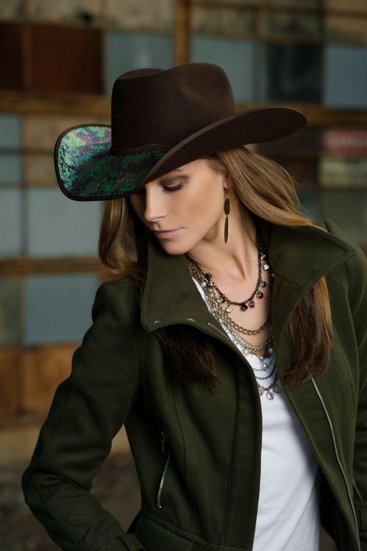 Cowgirl Up | Valhalla Horse Enterprises > Charlie 1 Horse Cowboy Hat, Commander