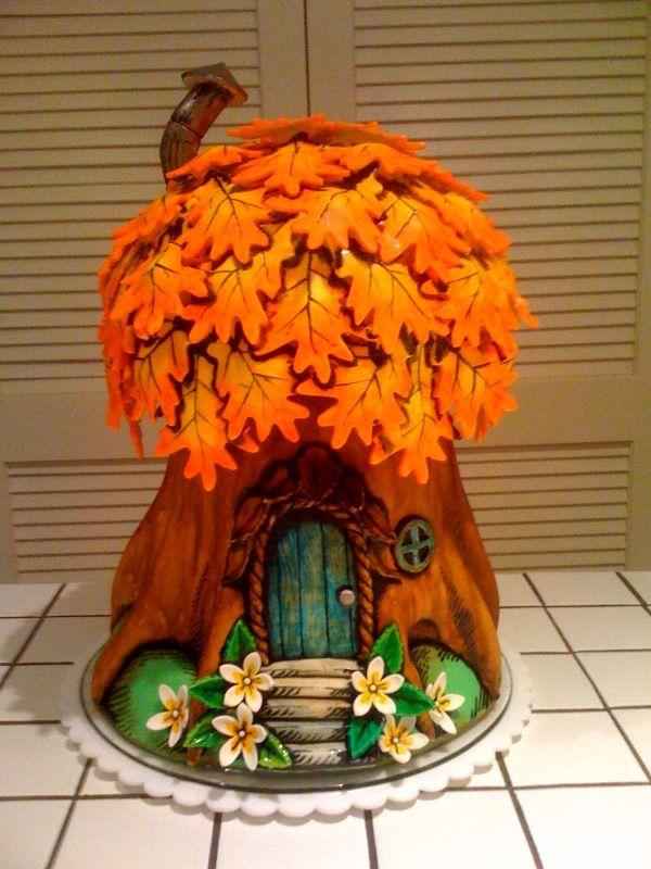 Fall Elf's House Cake!