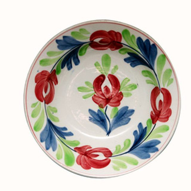 How To Fix A Chip In A Ceramic Plate Hand Painted Plates Painted Ceramic Plates Holiday Dinnerware