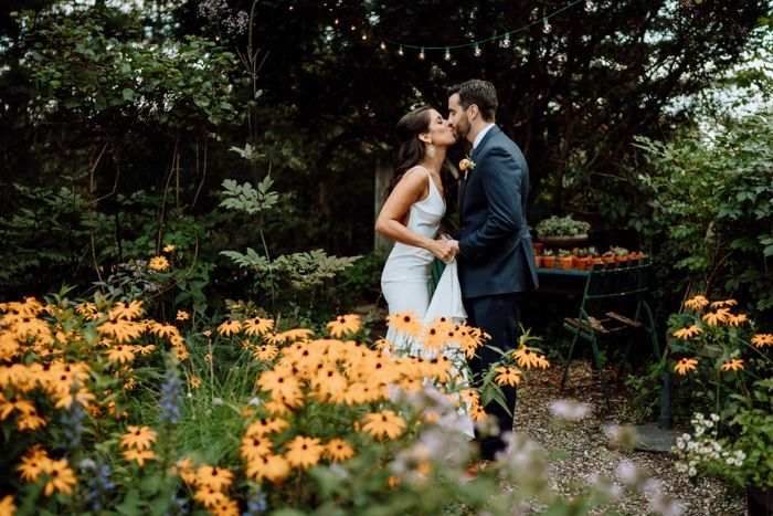 20 Small Changes To Have A Sustainable Wedding Junebug Weddings In 2020 Sustainable Wedding Garden Wedding Inspiration Eco Friendly Wedding