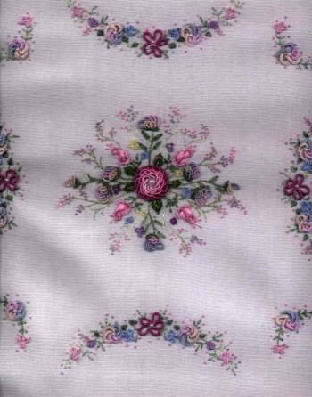 Fireweed in the meadows quilt pattern | Brazilian Embroidery Pattern Misty Meadow