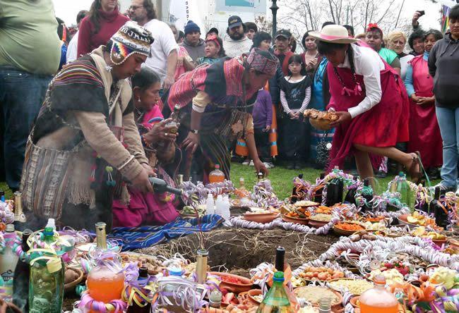 La celebracion de la Pachamama  - Pesquisa Google
