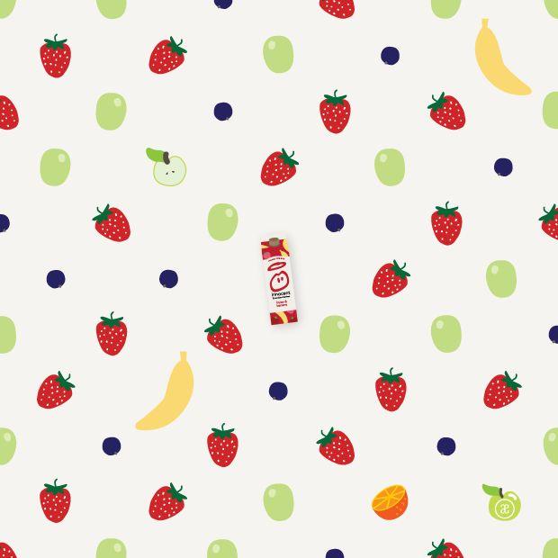 Faire le plein de fruits frais tous les matins avec un verre de smoothie fraise&banane Innocent! Je suis devenue accro à leurs smoothies et leurs jus de fruits 100% naturels avec des packagings très graphiques sur lesquels on retrouve plein de petits messages! En plus leur communication est vraiment cool! :) #innocent #smoothie #fruits #strawberry #fraise #banana #banane #apple #pomme #grape #raisin #orange #cassis #illustration #graphic #pattern #motif #blog #alinaerium