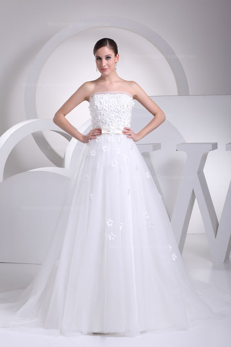 Princess full A-line with flowers decorate the whole bocide #Wedding#Dress