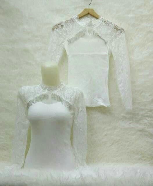 Blouse White Import Lengan Panjang Bahan Kaos Rip Combi Brukat Ukuran Fit To L Lingkar dada Sampai 102 cm Panjang 60 cm Bahan Adem dan Nyaman di pakai   - Cocok untuk tidur nyaman dan enak di pakai