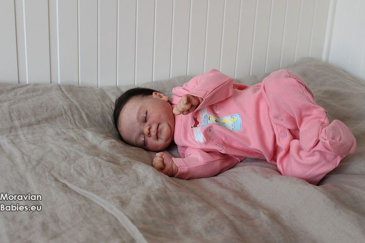 Coco Malu asleep