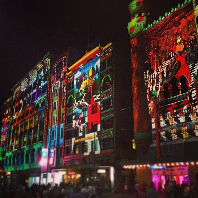 White Night Melbourne was spectacular to see. Check out these projections on the side of the Forum building on Flinders St. #Pinterest