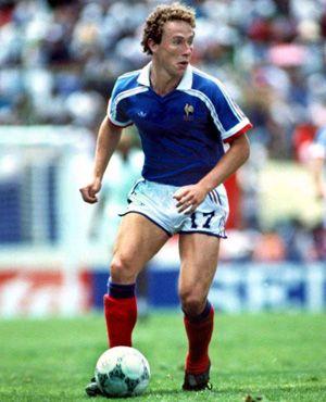Jean-Pierre Papin - INF Vichy, Valenciennes, Club Brugge, Marseille, AC Milan, Bayern Munich, Bordeaux, Guingamp, France.