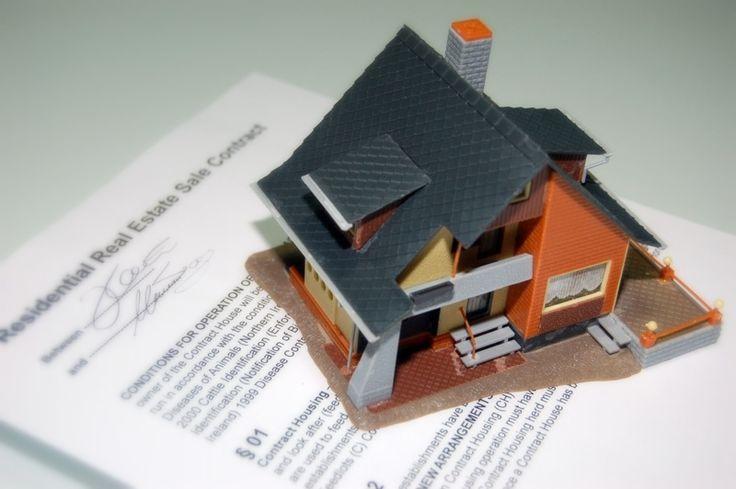 Umowa z biurem nieruchomości. Otwarta czy na wyłączność? Radzą agenci Zaciszek Nieruchomości ze Starogardu Gdańskiego. #nieruchomosci #porady #zaciszek #umowa