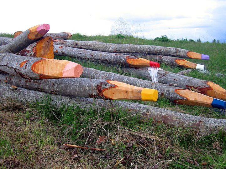 Giant Colored Penciles in the forest by Jonna PohjalainenNature, Street Art Utopia, Logs, Environmental Art, Streetartutopia, Trees, Colors Pencil, Crayons, Colored Pencils