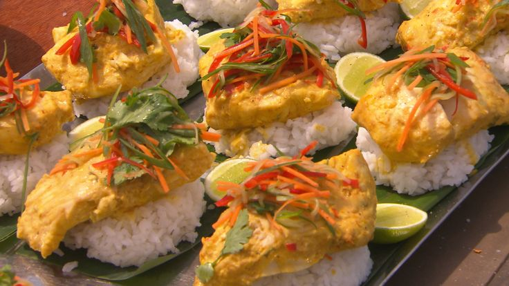 Dan and Steph's Balinese Curry with Red Emperor from S4 of MKR: http://gustotv.com/recipes/lunch/balinese-curry-red-emperor/