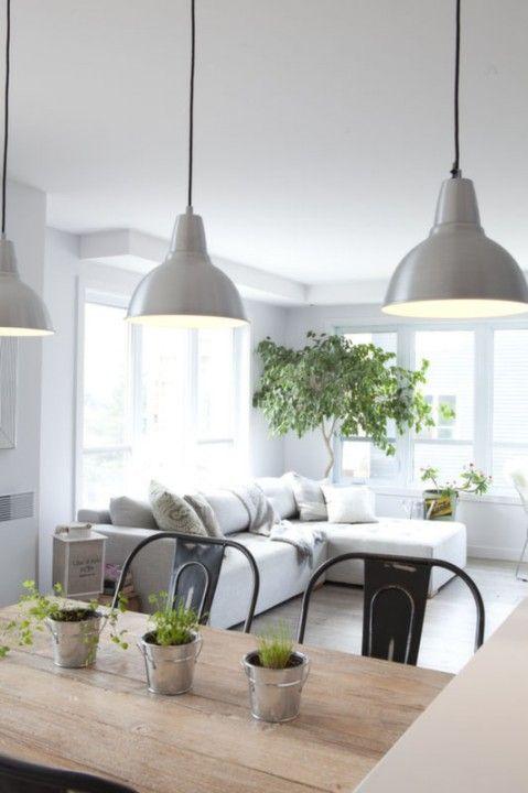 cuisine ouverte style industrielle - noir et blanc Crédits : Brigitte Thériault