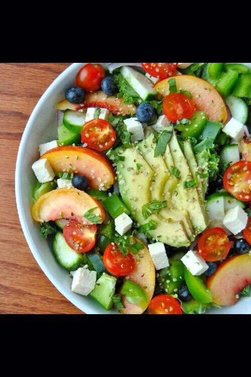Image via We Heart It https://weheartit.com/entry/148651592 #avocado #diet #eat #food #healthy #salad #tomatoes