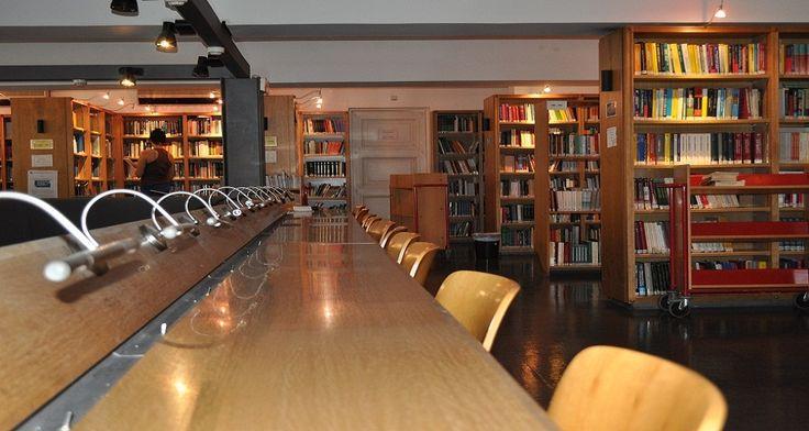 Βιβλιοθήκη Παντείου