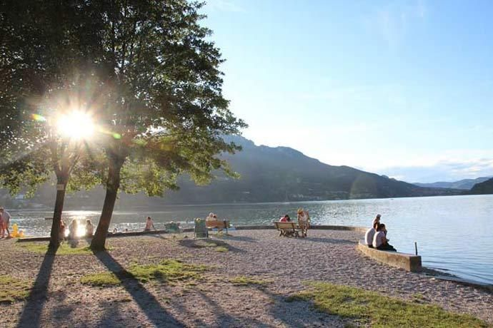 Lago di Caldonazzo - Caldonazzo Lake (trentino, Italy) This lake is the lake where our camping is located. DUE LAGHI