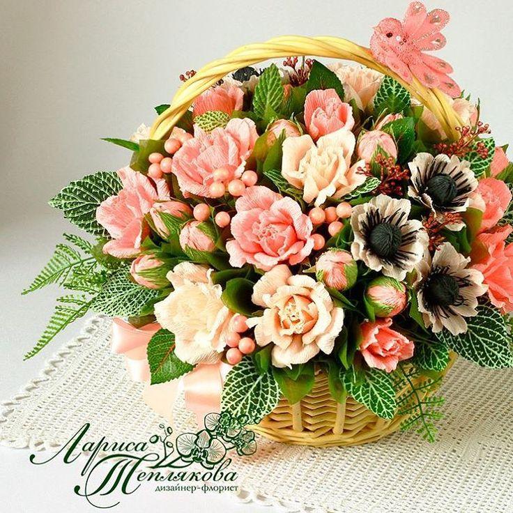 Нежность,изящество, красивые розовые оттенки - все это изумительно сочетается в этом букете . Великолепные розы прекрасно себя чувствуют в компании трогательных анемон.Сделав такой сладкий подарок вы точно не ошибетесь и порадуете любимого человека . #Букетизконфет#сладкийподарок #конфетныйбукет #сладкийбукет #