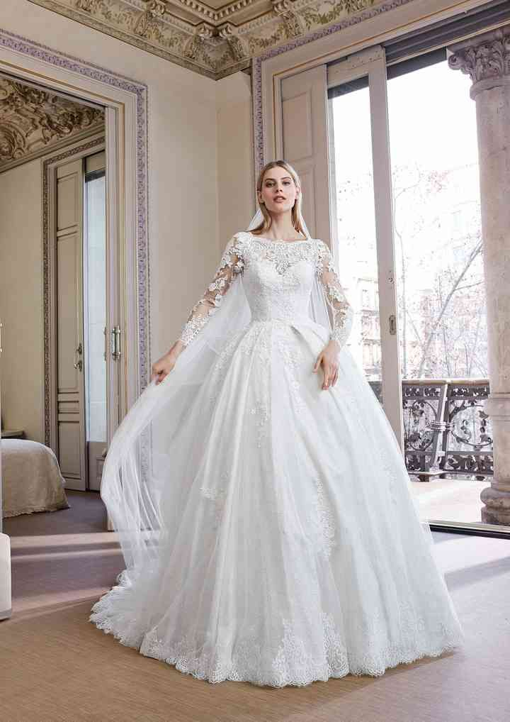 50 Bellissimi Abiti Da Sposa Invernali Per Risplendere Nonostante Il Freddo Abiti Da Sposa Abiti Da Sposa Da Sogno Sposa D Inverno