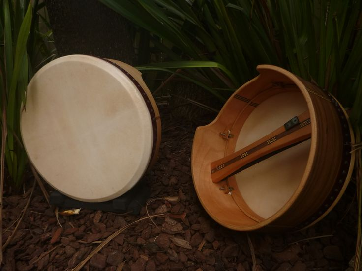 Find The Ferret Bodhran's, made in Auckland New Zealand. Double skinned and fully adjustable.