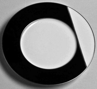 Twiggy Black & White Platinum Dessert  by J.L. Coquet  Diameter 9.0  SKU: 604350004