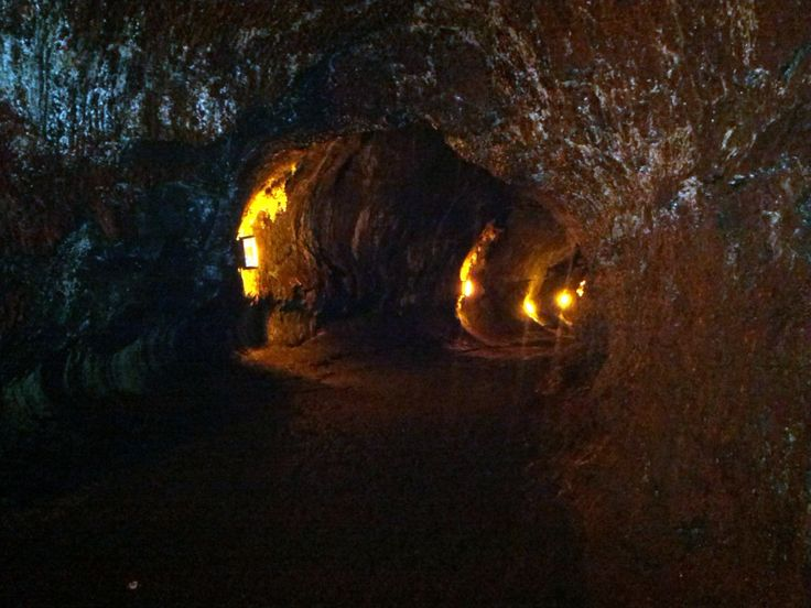 Thurston Lava Tubes (500 year old lava cave).