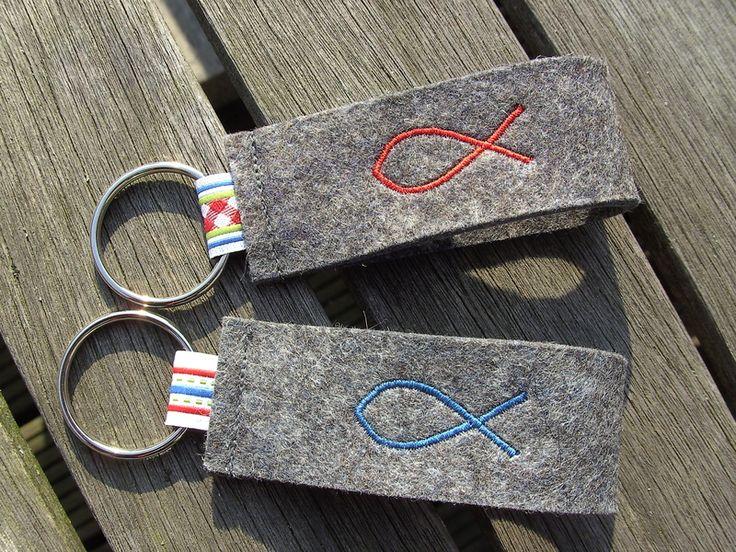 Schlüsselanhänger aus Filz mit Fischmotiv von Tante-Oenne auf DaWanda.com
