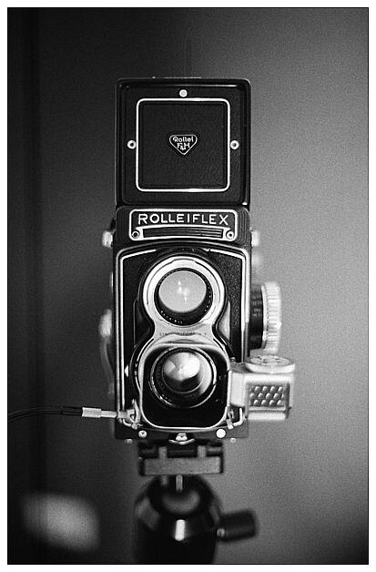 Rolleiflex T 75mm f3.5 Tessar TLR Medium format Camera